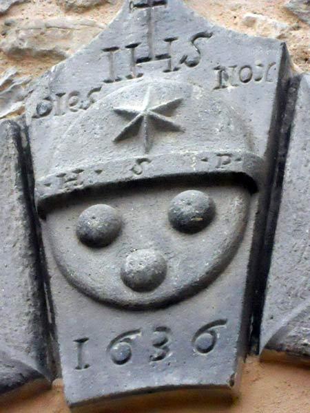loculi-granito-Castelnovo-Monti